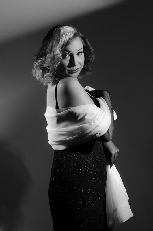 film noir hollywood look