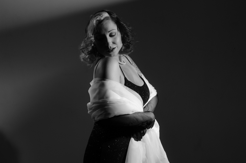 female hollywood star film noir