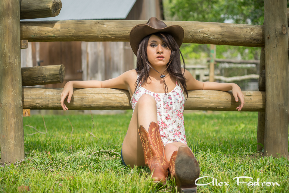 texas-country-girls-cowgirl-4
