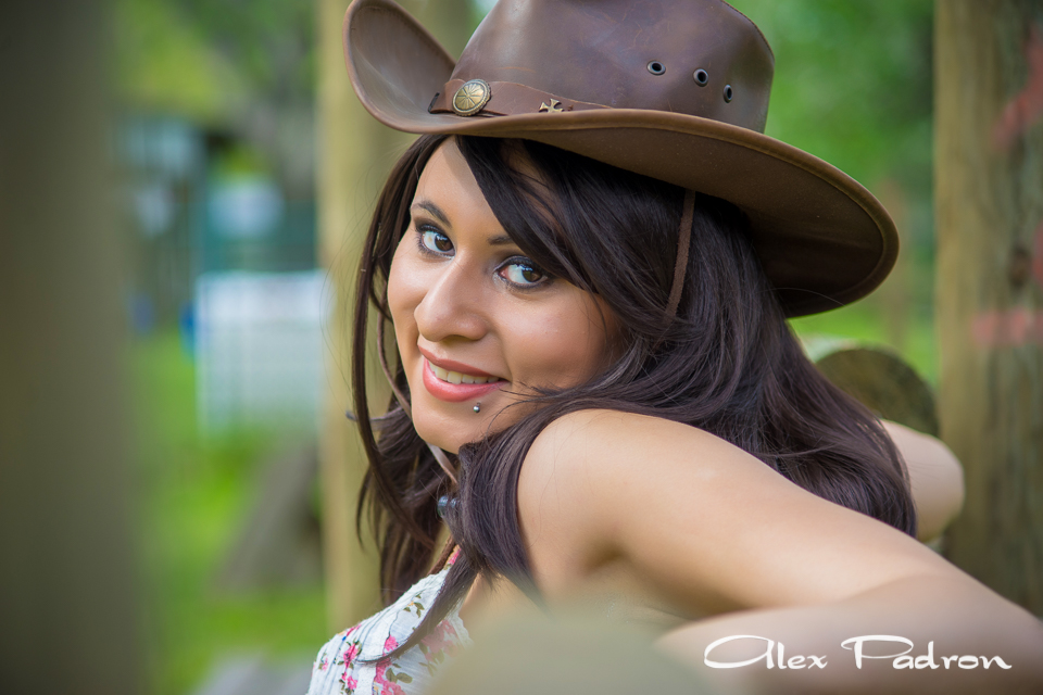 texas-country-girls-cowgirl-5